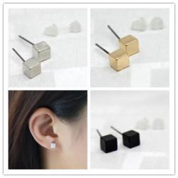 Boucle d'oreille carré